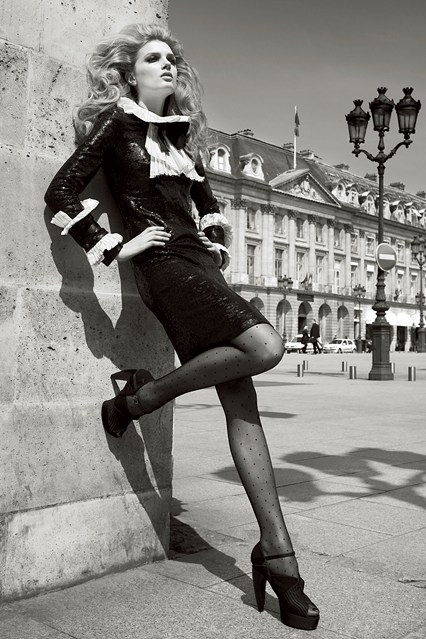 10-patrick-demarchelier-2009-vogue-25sep13-pd_b_426x639