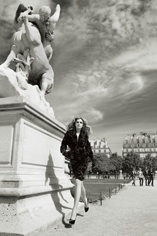 patrick-demarchelier-paris-vogue-24sep13-2009_b_320x480
